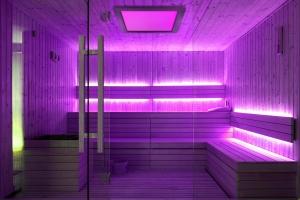 Sauna Farbpaneel poetic 50 Thermo Esche